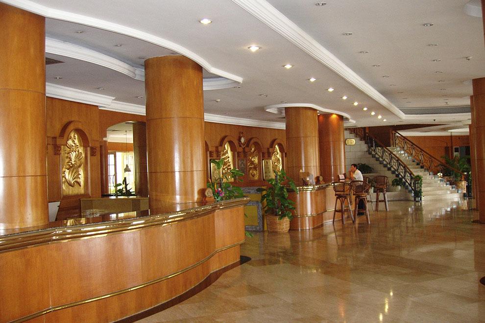 Гостиница хол